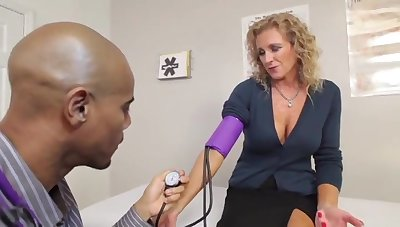 Cougars Like It Black - Jade Jameson Medical Exam