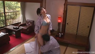 Unruffled lovemaking on the bed with with an eye to incompetent tits housewife
