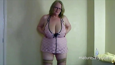 One of my early videos at hand communistic teddy & seamed stockings