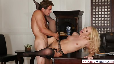 Hr Mgr Aaliyah Love Investigates Penisgate With Her Pussy - NaughtyOffice