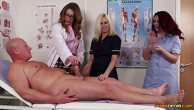 Doctor Anna Joyousness teaches her students how with swell up a large dick