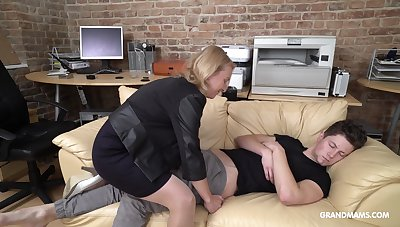 Cock starved mature German nipper wakes up her stepson with oral coition