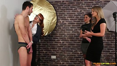 Bony dude gets pleasured by vicious Samantha Messenger-boy & Sienna Day