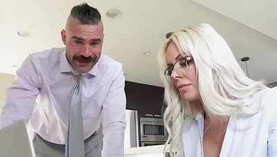First time this cougar fucks in advance office
