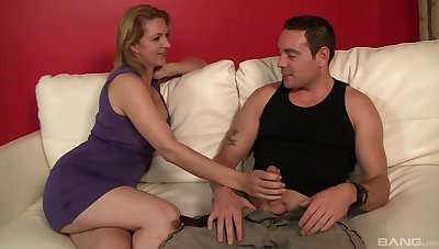 Kinky join in matrimony Roxanne Hall shares her man with cute Brooklyn Joleigh