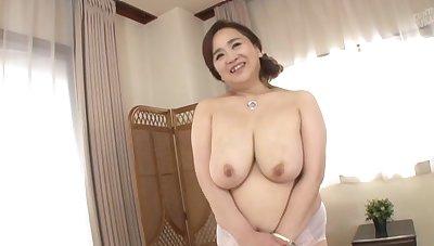 Big Japanese girl Hayama Nobuko drops her clothes to tease