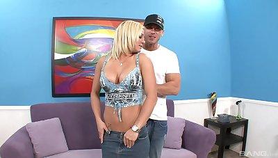 Nude busty amateur fucked in plain webcam XXX