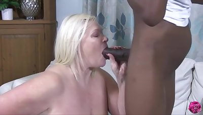 Lacey Starr - Hot Granny Analised Off out of one's mind Bbc