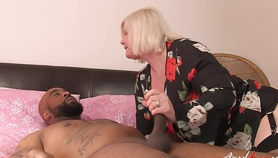 Deep bushwa sharing black porn for a grown up and her niece