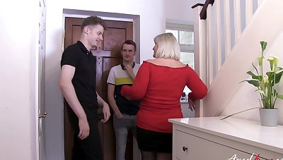 Big ass mature lady shared at the end of one's tether the nephew together with his best buddy